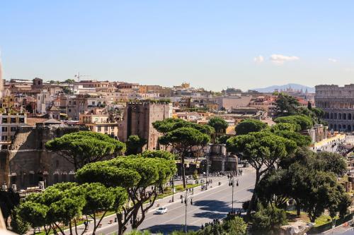 Via Tor Dè Conti, 17 00184 Rome, Italy.