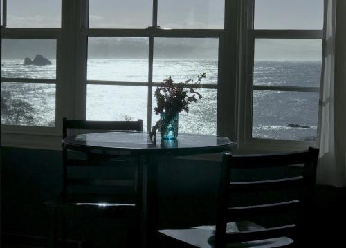 Trinidad Bay Bed And Breakfast Hotel - Trinidad, CA 95570