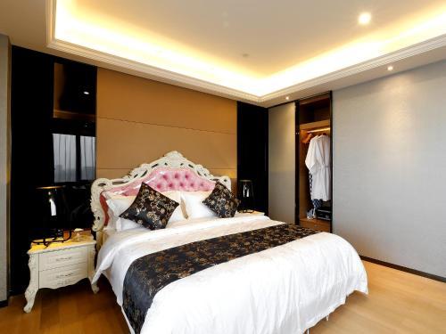 HotelPengman Beijing Rd. A-mall Apartment