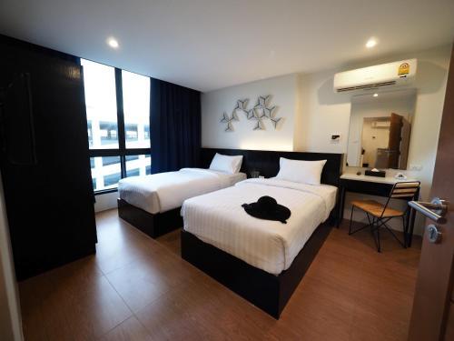 130 Hotel & Residence Bangkok photo 57