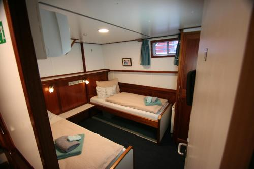 Hotelboat Fiep photo 6