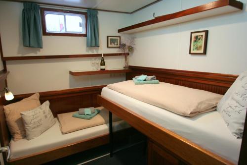 Hotelboat Fiep photo 23