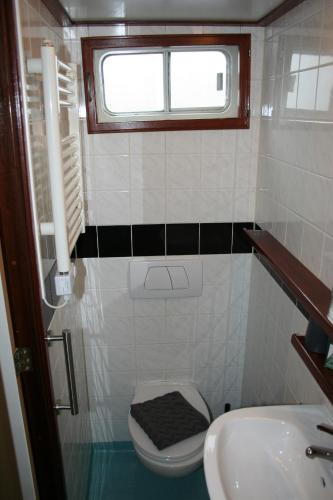 Hotelboat Fiep photo 24