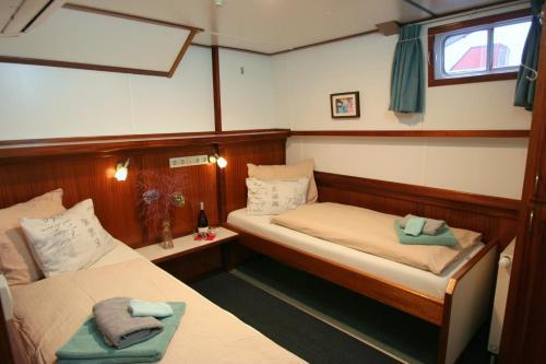 Hotelboat Fiep photo 8