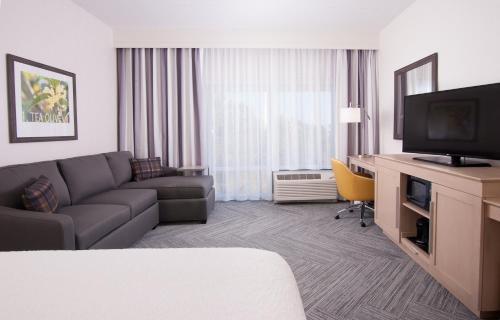Hampton Inn & Suites by Hilton Augusta-Washington Rd - Augusta, GA 30907