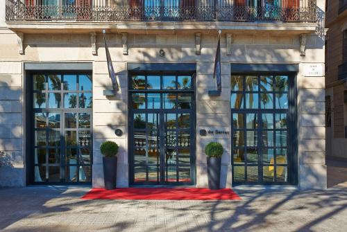 Passeig de Colom, 9, Barcelona, 08002, Spain.