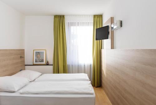 Hotel Amba photo 51