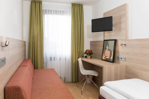 Hotel Amba photo 26