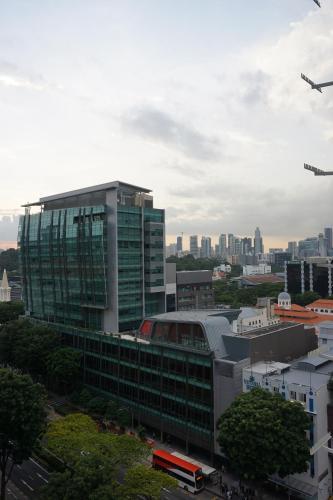RedDoorz Plus Victoria Hotel (SG Clean)