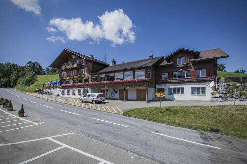 . Hotel Hulfteggpass