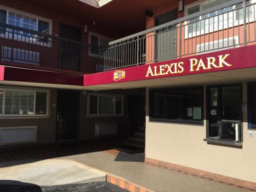 Alexis Park - San Francisco, CA 94109