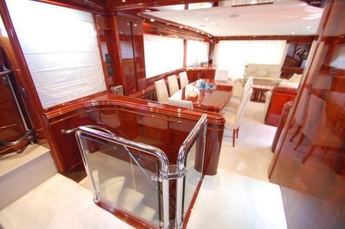 Motor Yacht Dandy photo 9