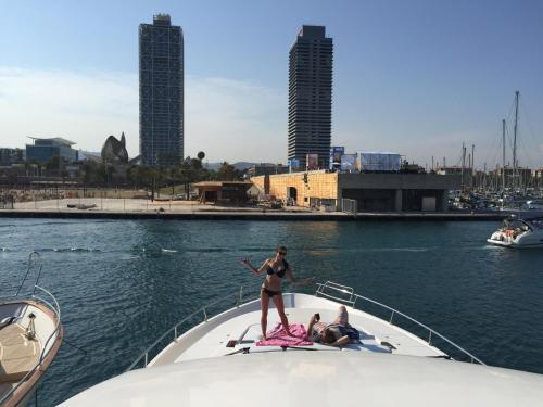 Motor Yacht Dandy photo 18