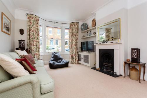 Veeve - Garden Cottage, 2 bed in Barnes a London