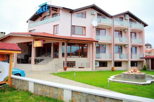 . Hotel Akre