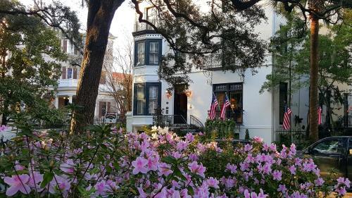 Ballastone Inn - Savannah, GA 31401