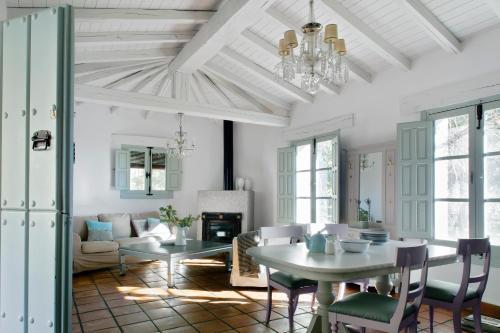 Two-Bedroom House El Vergel de Chilla 2