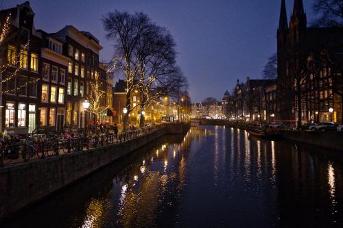 Herengracht Canal Apartment photo 15