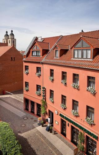 . Hotel-Pension Am Schwanenteich