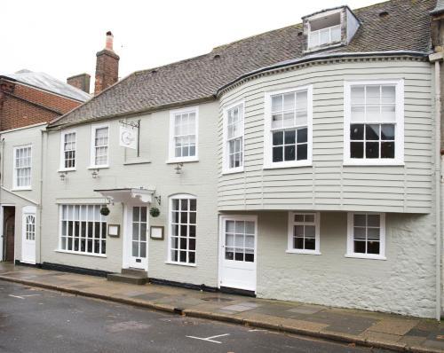33 Lugley Street, Newport, Isle of Wight, PO30 5ET, England.