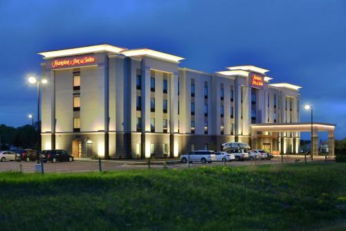 Hampton Inn&Suites Chippewa Falls - Hotel