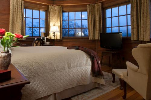 Showers Inn - Accommodation - Bloomington