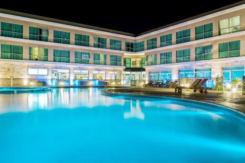 Howard Johnson Neuquen - Hotel - Neuquén