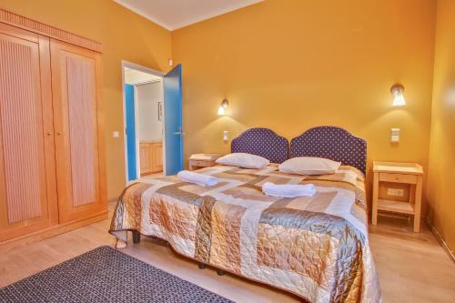 Daily Apartments at Ilmarine - Private apartment with bath - near the Old Town