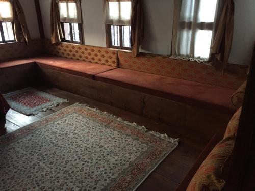 Gokcuoglu Konagi 房间的照片