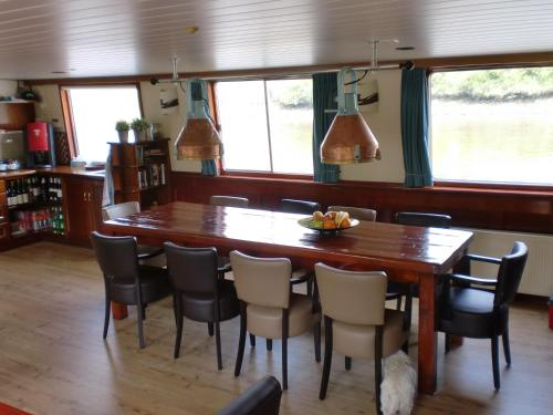 Hotelboat Fiep photo 13