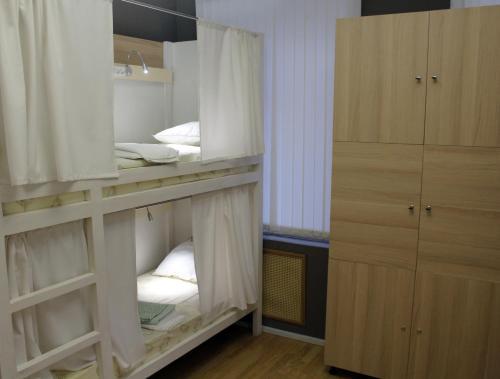 Хостел ПЛЕД на Самотёчной Кровать в общем 12-местном номере