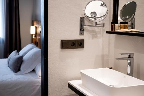 Deluxe Family Room Sa Voga Hotel & Spa 3