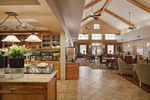 Homewood Suites by Hilton Phoenix-Biltmore - Phoenix, AZ AZ 85016