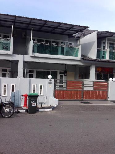 . Pangkor 8 Homestay