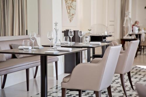 Cap Estel Hotel, 1312 Avenue, Raymond, Poincare, 06360, Eze, France.