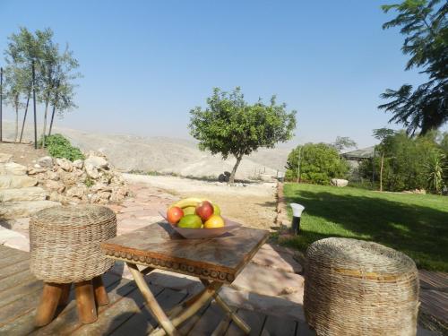 . Desert View Apartment