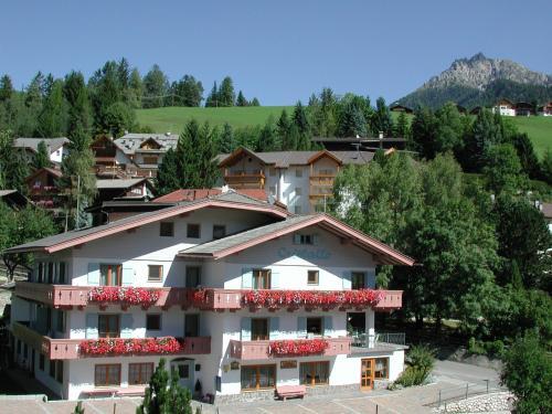 Garni Cristallo - Accommodation - San Vigilio di Marebbe / St Vigil in Enneberg