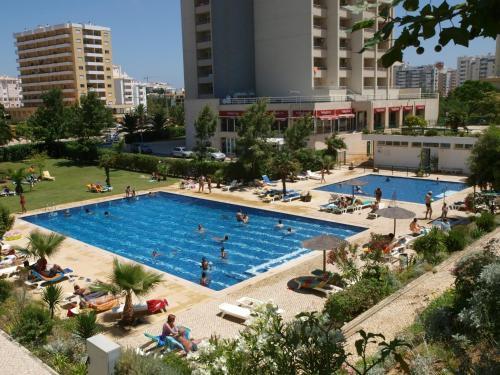 Apartamentos Jardins Da Rocha