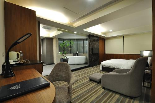 . Sun Sweet Hotel