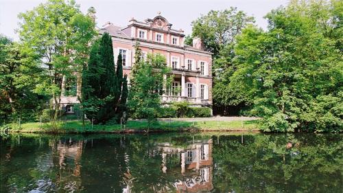 . Le Château de Philiomel