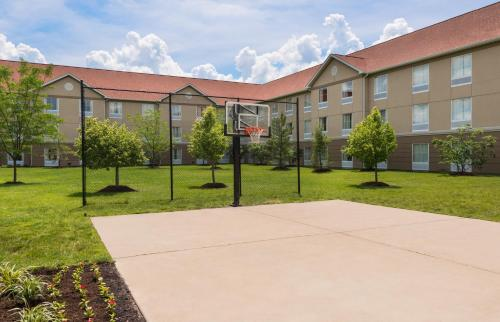 Homewood Suites by Hilton St. Louis Riverport- Airport West - Maryland Heights, MO MO 63043