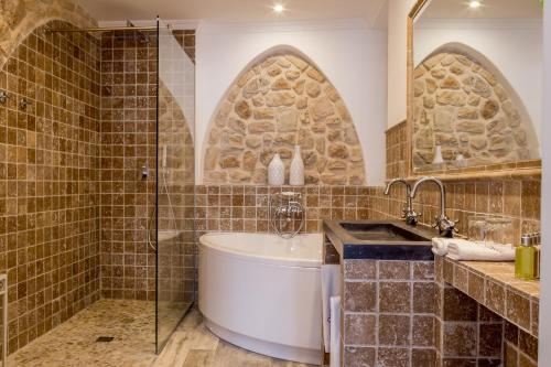 Habitación Doble Superior con bañera Hotel Abaco Altea 9