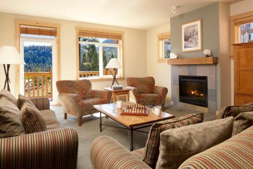 Juniper Springs Resort - Mammoth Lakes, CA 93546