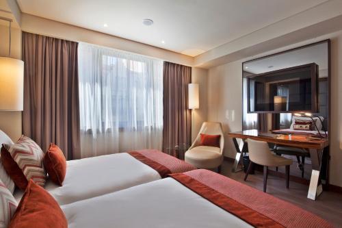 TURIM Marques Hotel - image 7