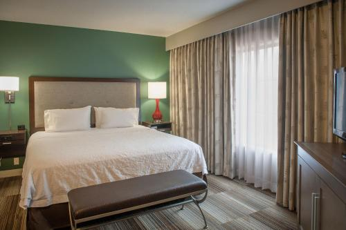 Photo - Hampton Inn and Suites New Orleans Convention Center