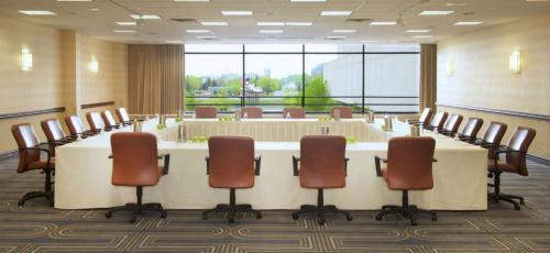 Doubletree By Hilton Hotel Minneapolis-Bloomington South - Bloomington, MN 55439