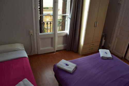 Hostal MiMi Las Ramblas photo 38