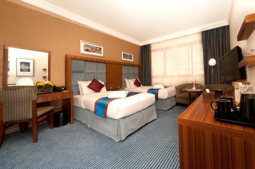 City Seasons Al Hamra Hotel photo 17