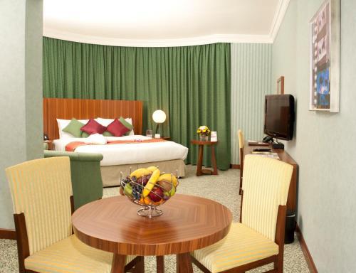 City Seasons Al Hamra Hotel photo 39