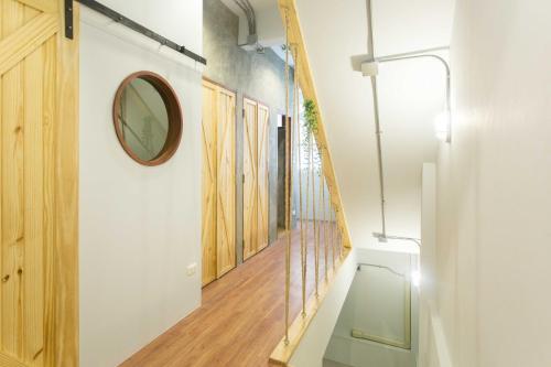 Barn & Bed Hostel photo 6
